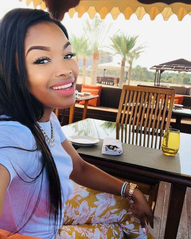 Horrific car accident involving Isibaya actress Zinhle Ngwenya leaves 2 people dead and one crippled