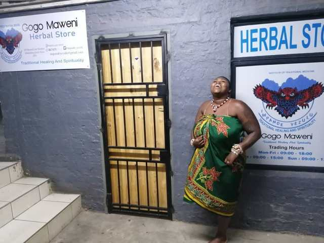 Reality TV star Lee-Anne Makopo aka Gogo Maweni opens a herbal shop