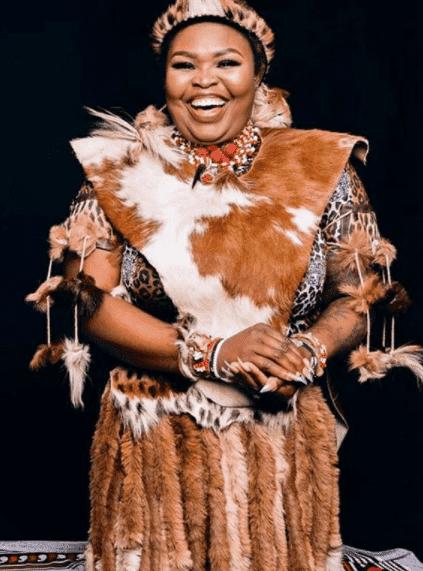 TV star and Sangoma Lee-Anne Makopo aka Gogo Maweni sends a strong warning to Mzansi