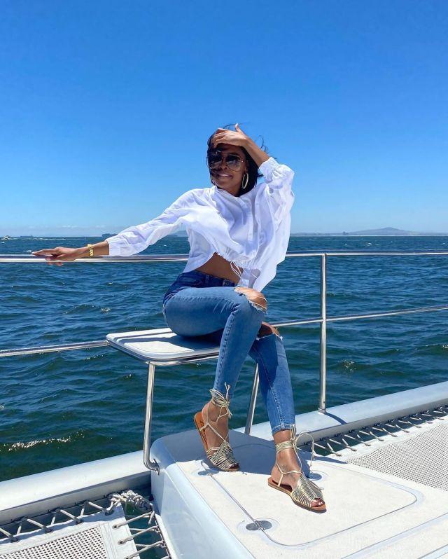 K Naomi flaunts her killer looks – Video