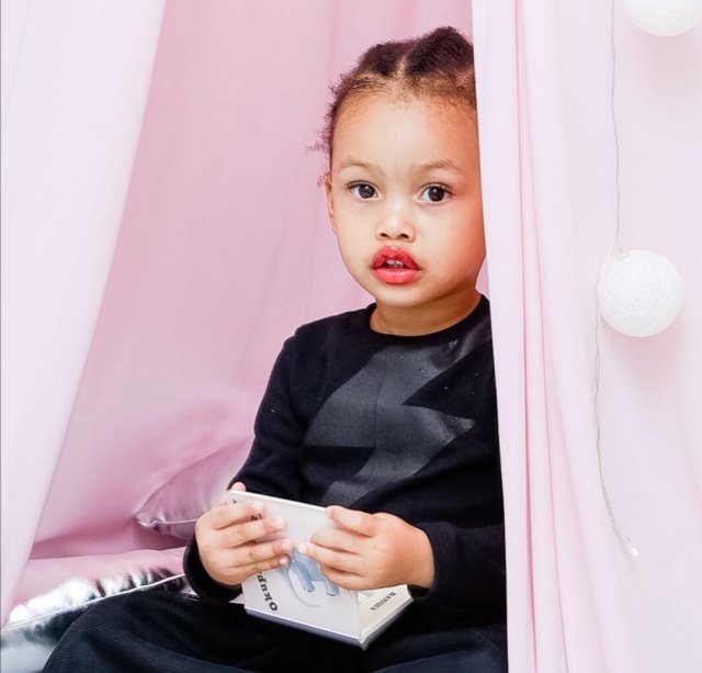 Watch: Kairo Forbes Shows Off Her Makeup Skills