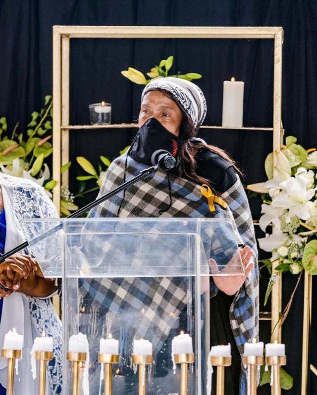 This is heartbreaking – Kefilwe Mabote bids farewell to her late mother