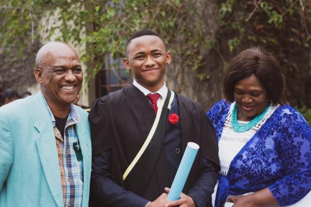 Gomora star Ntobeko Shishi bags a finance degree from UCT