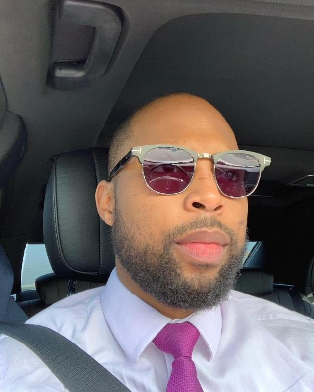 Sizwe Dhlomo's tweet sparks speculation about his love life