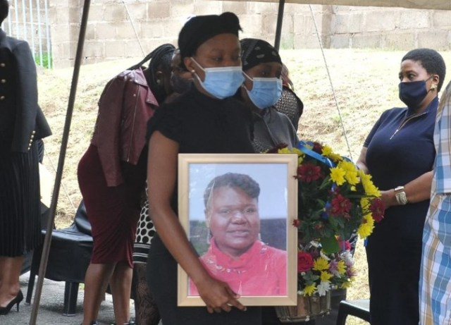 Award-winning actress Lindiwe Ndlovu laid to rest