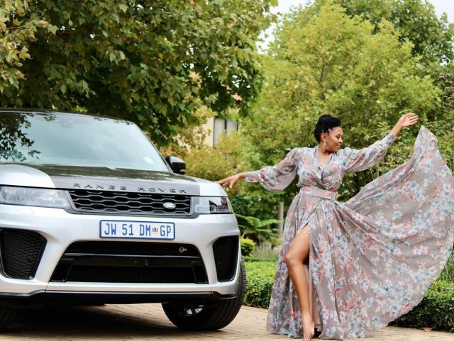 Minnie Dlamini Surprises Basetsana Kumalo With A Brand-new Car