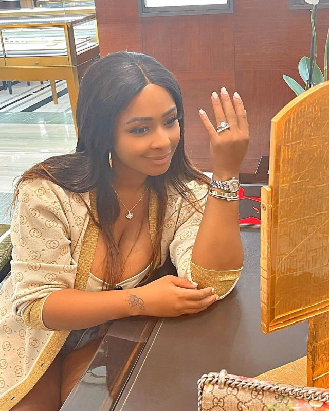 Boity Thulo flaunts an engagement ring – Photo