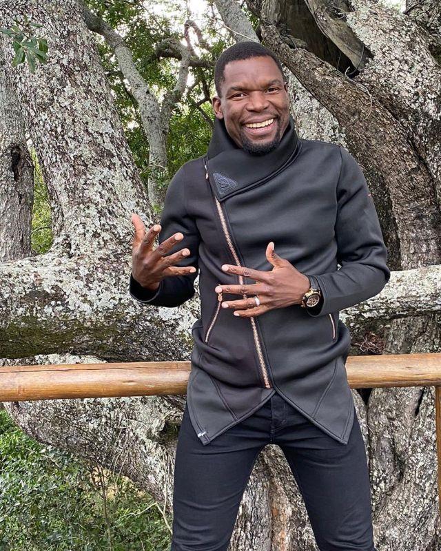 Actor Wishing Gabriel Temudzani aka Chief Azwindini a beautiful Birthday