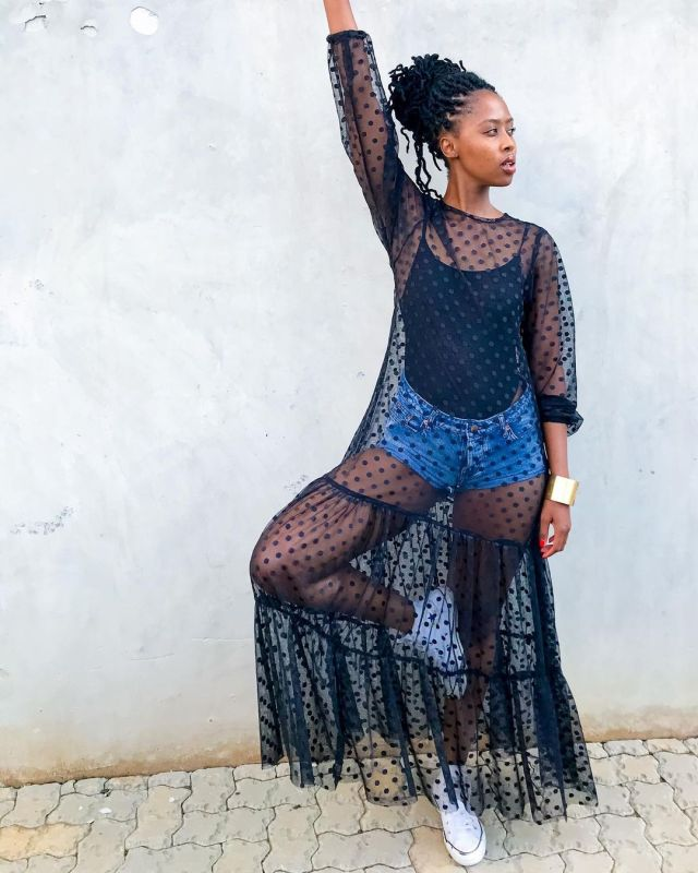 Lesego Tshepang's throwback picture leaves Mzansi in stitches