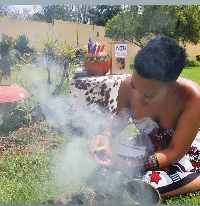 Photos of Masechaba Ndlovu performing rituals divides Mzansi