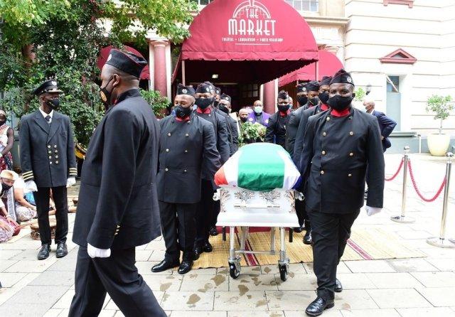 Sibongile Khumalo finally laid to rest