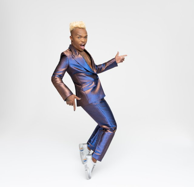 How much Somizi's new BathuXSomizi sneakers cost