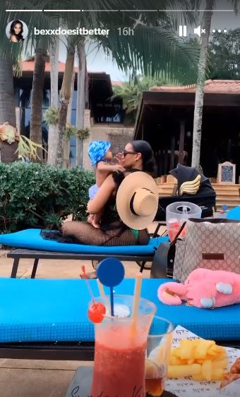 Cassper Nyovest's baby mama Thobeka Majozi breaks the internet with sizzling snaps while on date with young Mufasa