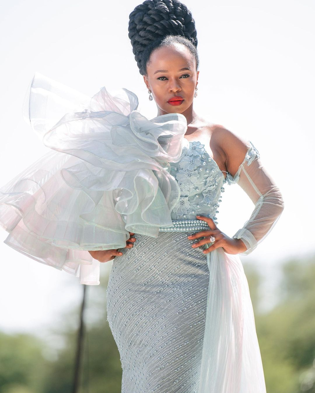 Sindi Dlathu Biography: Age, Family, Career, Muvhango, The River, Television Roles, Controversy