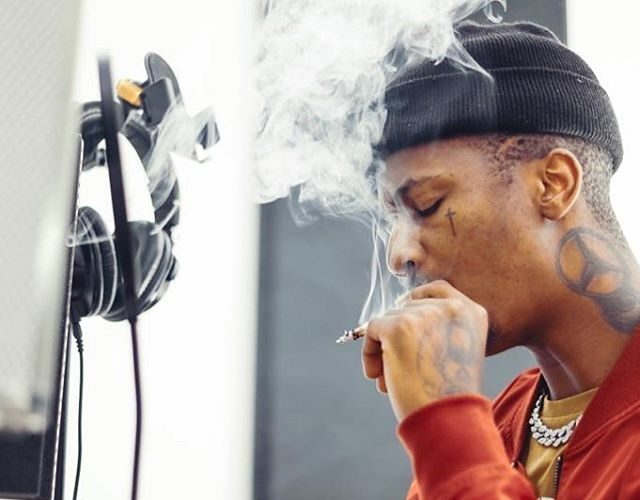 Rude Emtee lashes out at fan after he advised the rapper to stop smoking