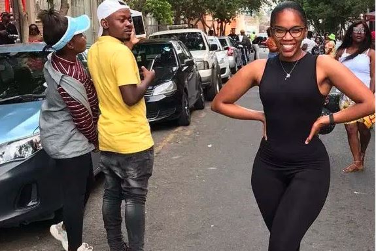 Mzansi Can't Handle It As Man Caught On Camera Looking At Another Lady