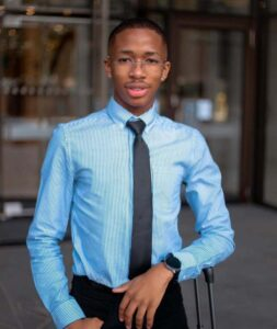 Lasizwe pledges to donate R10k to any student's fees at Wits University
