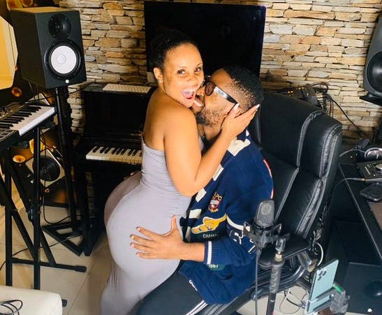 Watch: Prince Kaybee spanks Zola's massive B00TY in new post
