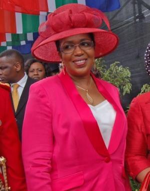 King Zwelithini third wife Queen Mantfombi Dlamini-Zulu takes over the Zulu kingdom