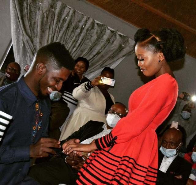 Idols SA winner Karabo Mogane proposes, you won't believe who his mystery wife is