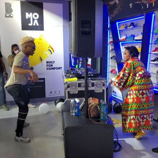 Watch: Somizi Mhlongo and Lerato Kganyago serve dance moves in East Rand Mall