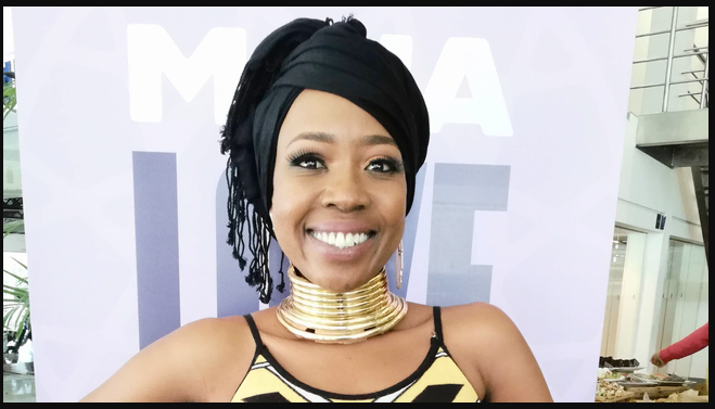 Ntsiki Mazwai claps back at claims she tried to be an EFF leader