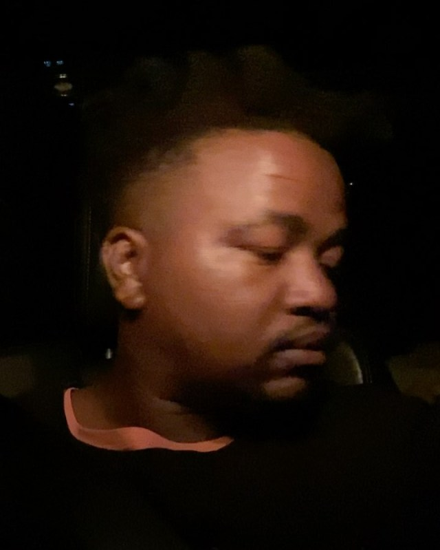 Drama as rapper Maraza gets assaulted by drunk SA police official – Video