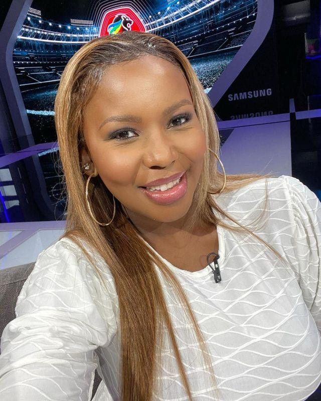 Carol Tshabalala's sizzling pictures brings social media to a halt
