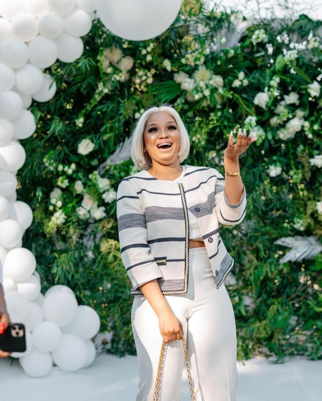 She said yes! – Cashflow Ngcobo and girlfriend engaged