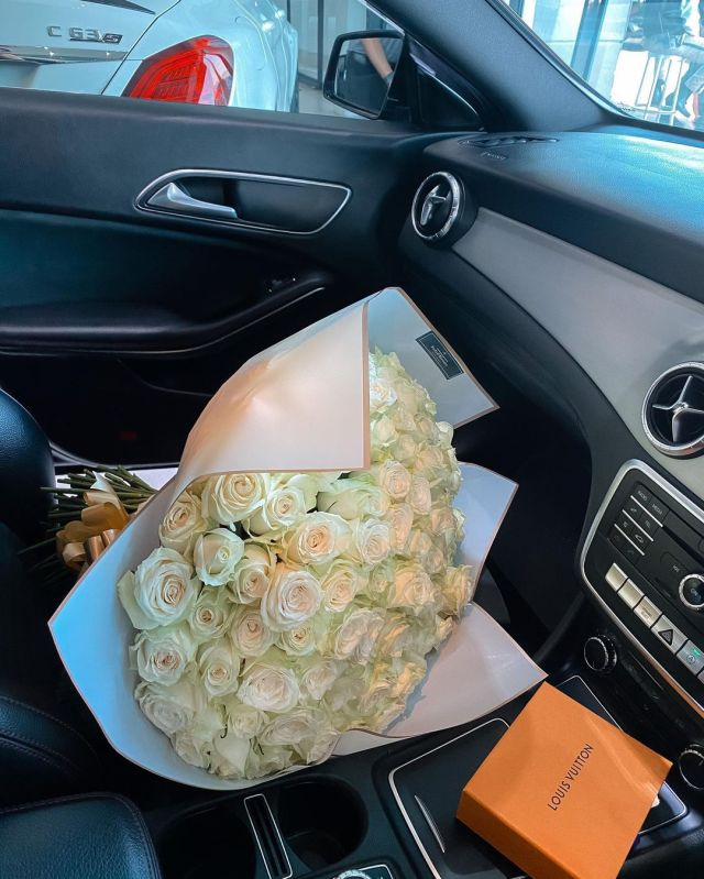 Influencer Kay Ngonyama blesses herself with a brand new car – Pictures