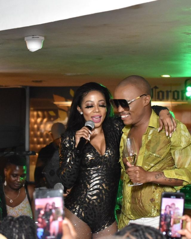 Kelly Khumalo leaves fans dumbstruck with her recent performance