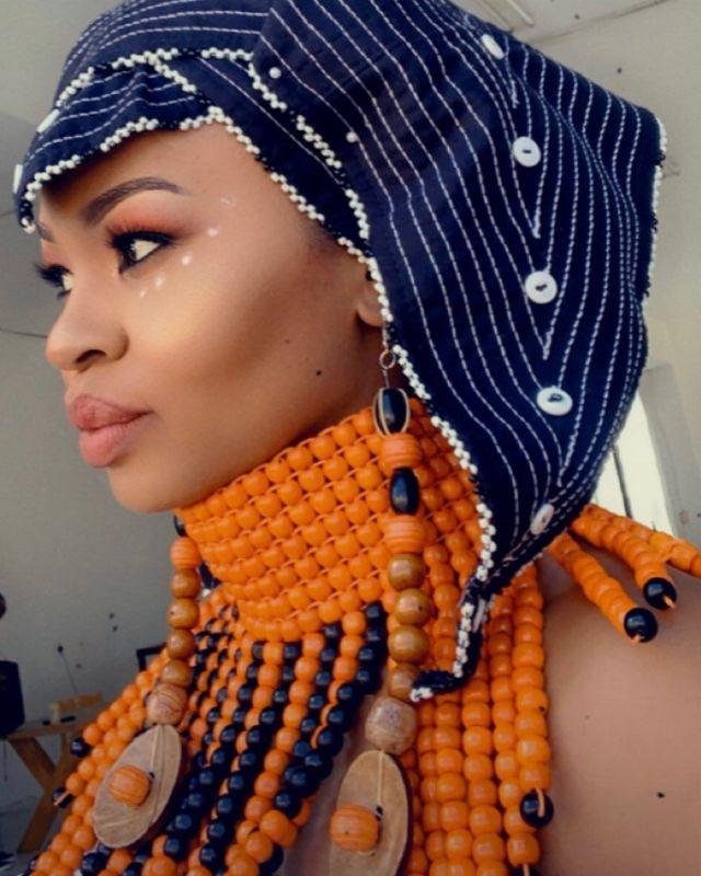 Sizzling photos of Gomora producer Lungelwa Hela
