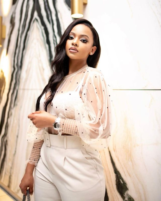Mihlali Ndamase fumes as her R7 000 wig is stolen at the airport , demands compensation