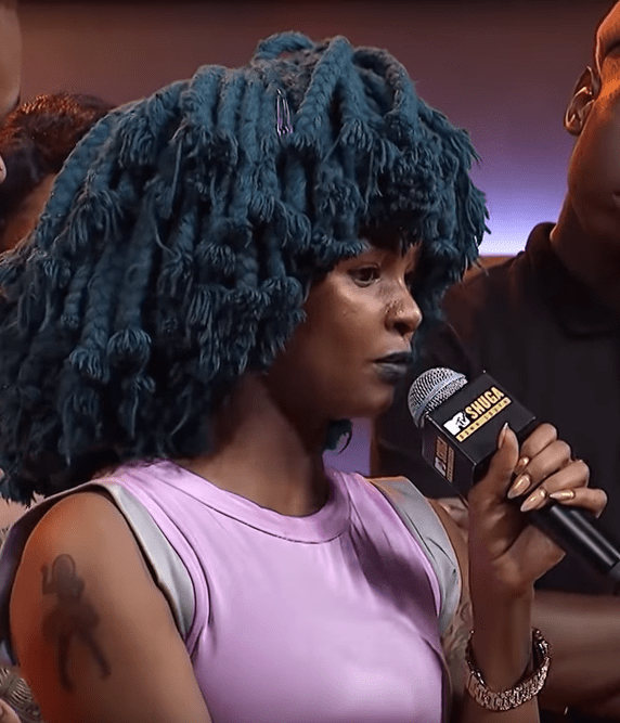 You are trash – Angry Moonchild Sanelly confronts baby daddy who kicked her and kids out in the streets