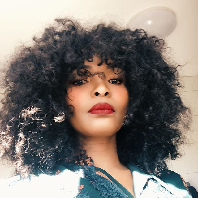 Simphiwe Dana drags her serial abuser to court