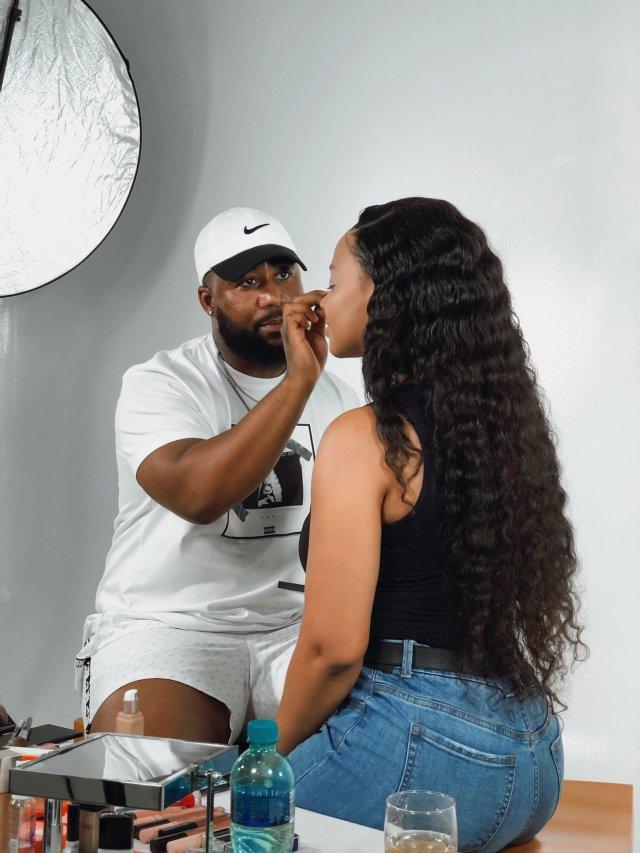 Watch: Cassper Nyovest shows off her makeup skills on Mihlali Ndamase