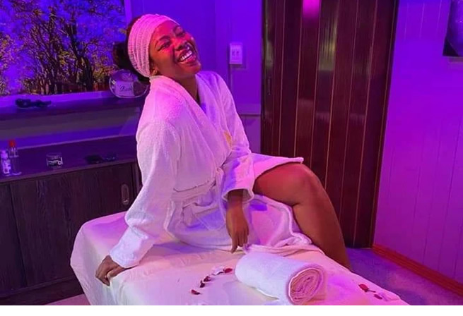 Housekeepers actress Kwezi Ndlovu flees spa without paying after getting her vag!na cleaned & waxed