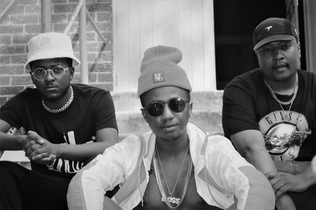 I gave you a place to stay – Emtee exposes former label mate in nasty twar