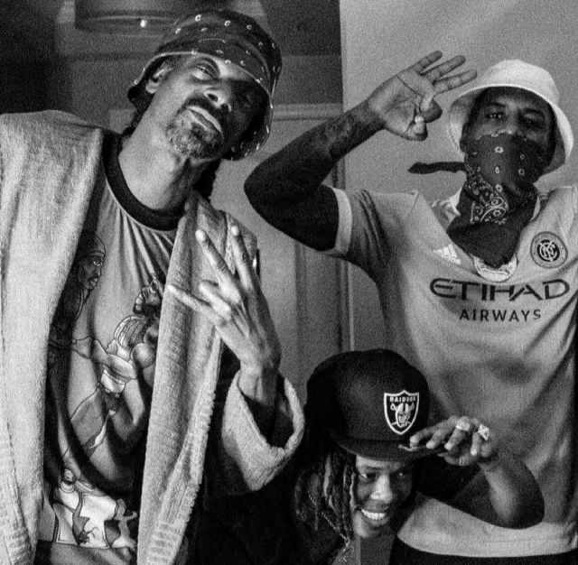 Mzansi go crazy as Nasty C hangs out with Snoop Dogg – Video