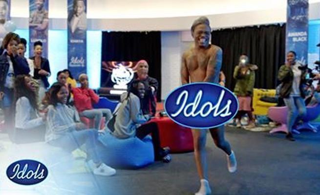Overzealous Ntsiki Mazwai undresses Idols SA Judge Somizi, says he is an Assh0le Gay