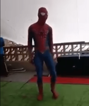 Mzansi's Spiderman serves hilarious dance moves – Video