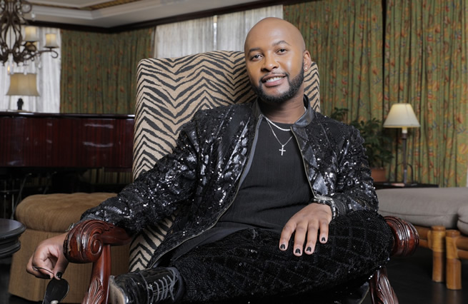 Vusi Nova speaks on his role as a judge on the 'Amazing Voices' singing competition