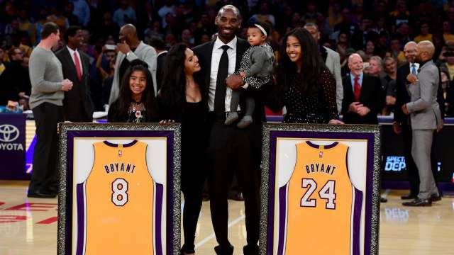 Vanessa Bryant gives an emotional speech as Kobe Bryant is inducted into Hall of Fame