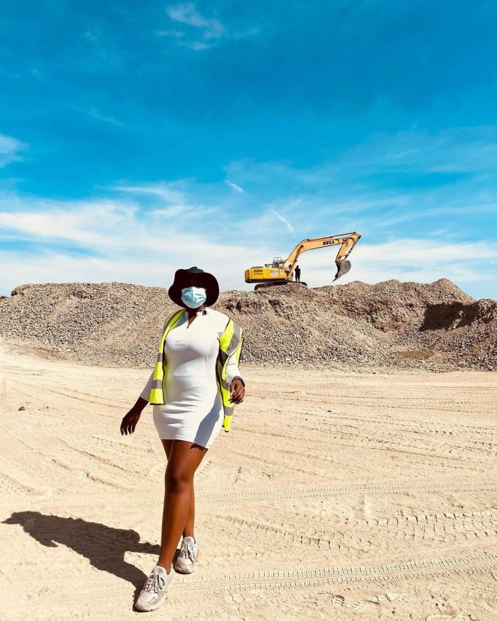PICS: FROM ACTING TO CONSTRUCTION, FORMER ISIBAYA ACTRESS ASAVELA MNGQITHI IS MAKING BIG MOVES
