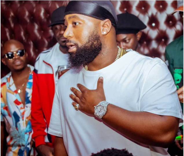 VIDEO: Rapper Cassper Nyovest FLAUNTS EXPENSIVE JEWELLERY, CLAIMS HIS PINKY RING CAN BUY A GOLF GTI