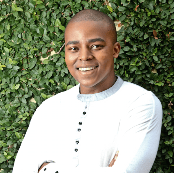 Actor Loyiso MacDonald rubbishes rumours of joining Scandal