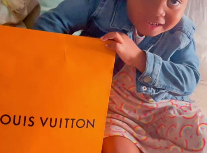 Watch: SBAHLE'S SWEET REACTION AFTER MOM, NTANDO DUMA GIFTS HER A LOUIS VUITTON GIFT