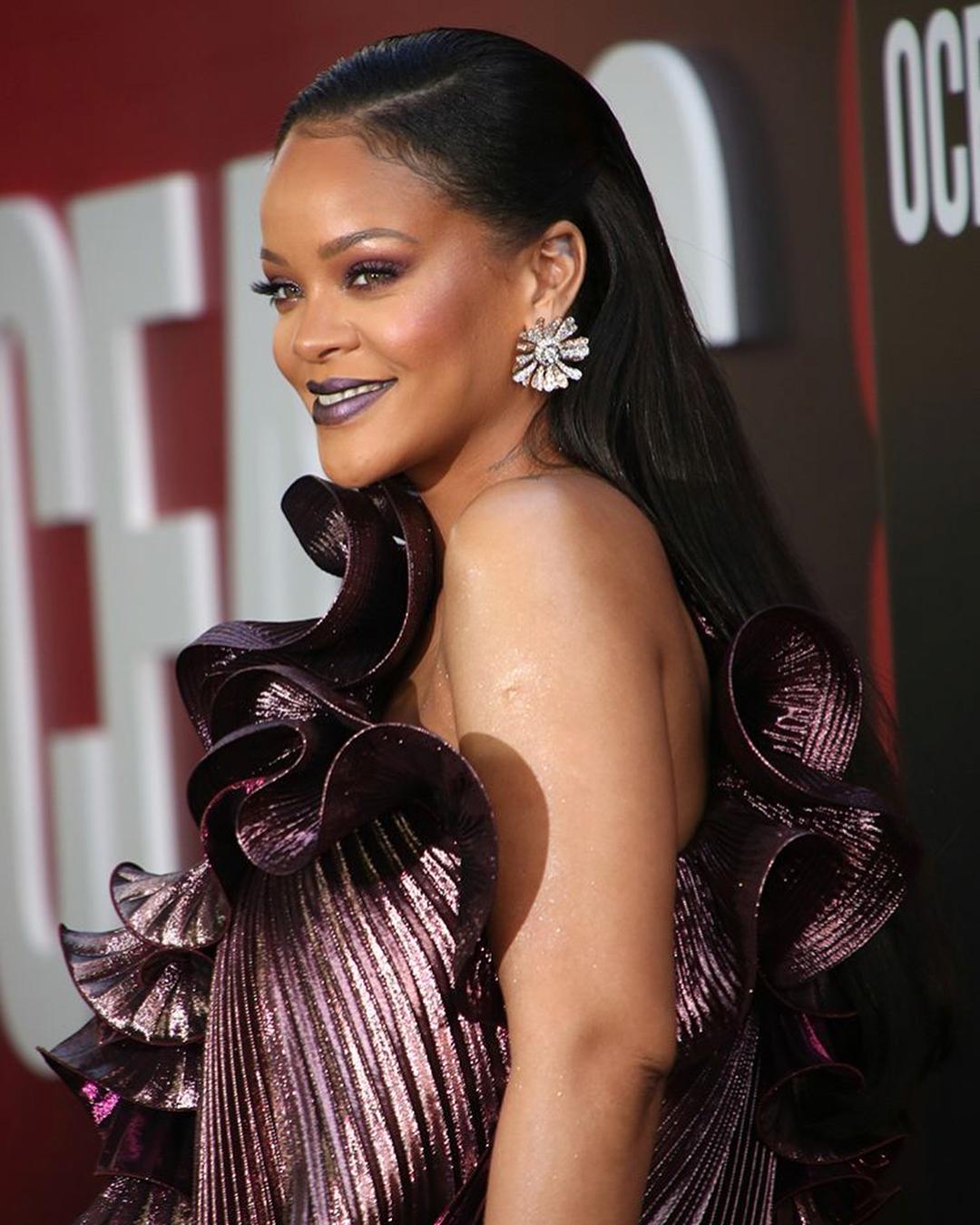 Rihanna becomes world richest female billionaire at 33