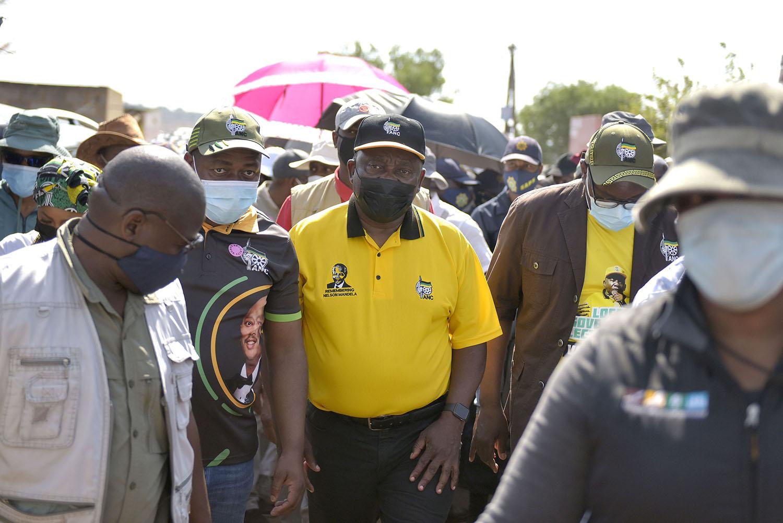 Ramaphosa goes door-to-door in Ekurhuleni
