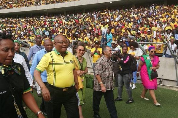 Hero's welcome for Jacob Zuma
